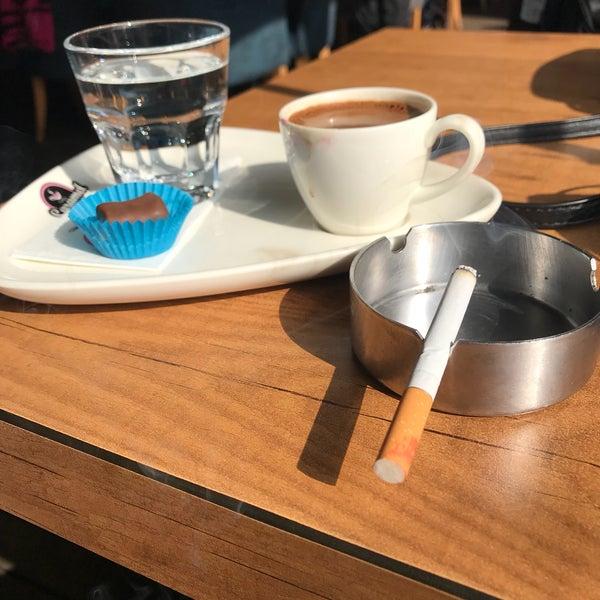 Das Foto wurde bei Coffee Caramel von fatoş am 2/24/2018 aufgenommen