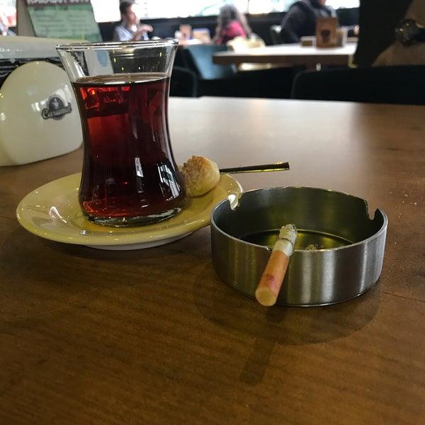 Das Foto wurde bei Coffee Caramel von fatoş am 2/3/2018 aufgenommen
