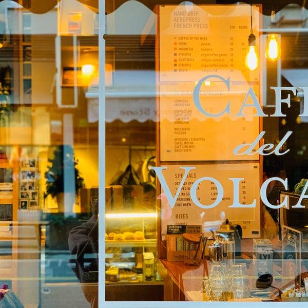 Foto tirada no(a) Café del Volcán por Jennifer D. em 12/20/2019