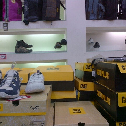 Top Five Cat Shoes Showroom In Qatar