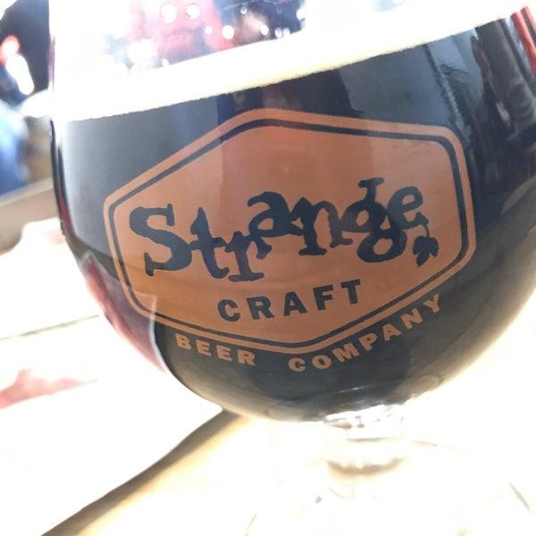 Das Foto wurde bei Strange Craft Beer Company von David S. am 12/16/2018 aufgenommen