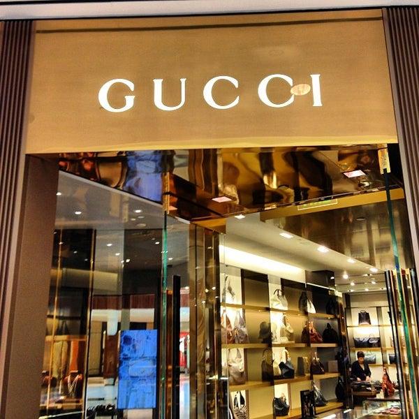 fa0061a29dd Gucci - Women s Store