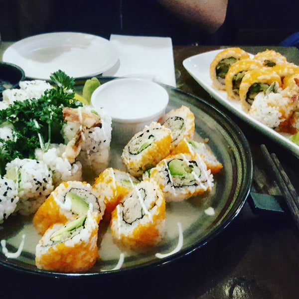 I think that is the most California Roll that I have tried! The whole sushi variety is very tasty. A bit expensive but A must go for sushi lovers! Highly recommended 🔝🔝
