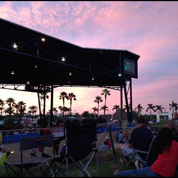 Foto tomada en Coral Sky Amphitheatre por Carlos O. el 10/27/2012