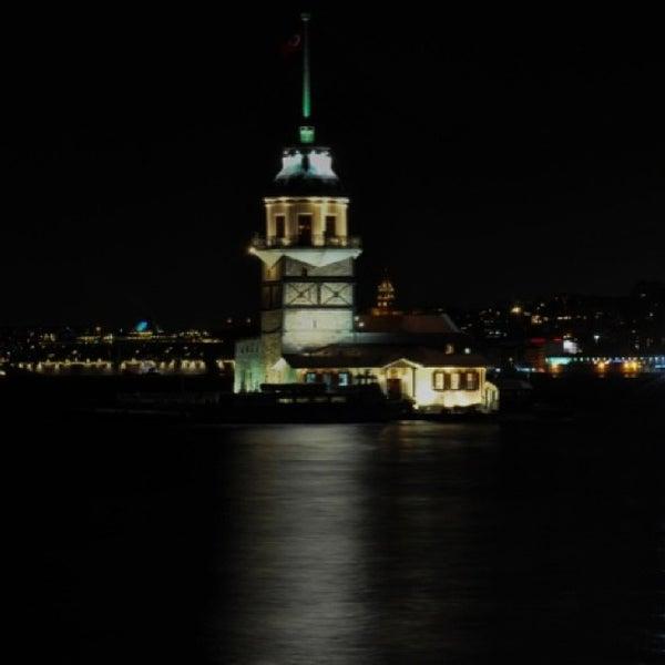 7/18/2013にHakan B.がKız Kulesiで撮った写真