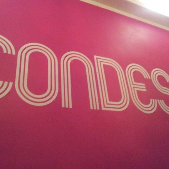 10/18/2012 tarihinde Sina Z.ziyaretçi tarafından Condesa'de çekilen fotoğraf