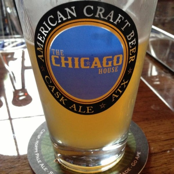 Foto scattata a The Chicago House da CraftBeer A. il 4/17/2013