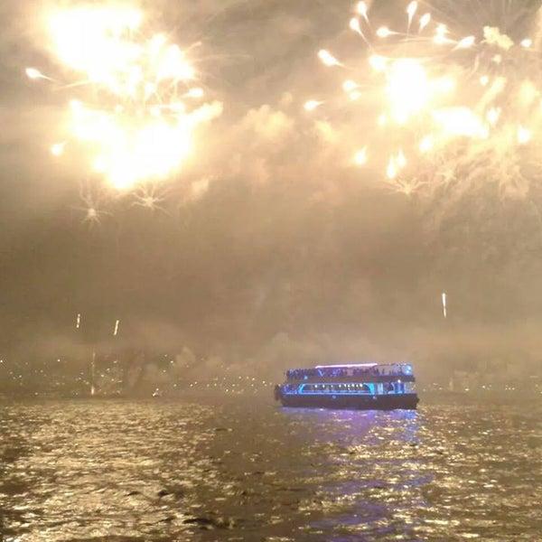 1/18/2017 tarihinde Seyr-ü Sefa Teknesi | İstanbul Tekne Kiralama & Teknede Düğünziyaretçi tarafından Seyr-ü Sefa Teknesi | İstanbul Tekne Kiralama & Teknede Düğün'de çekilen fotoğraf