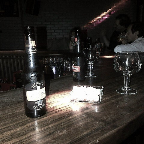 Foto tirada no(a) Moe Club por ELISA P. em 3/25/2013