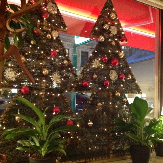 Снимок сделан в Woody пользователем Юлия Ш. 12/13/2012