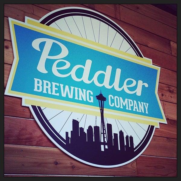 Снимок сделан в Peddler Brewing Company пользователем Kelly M. 6/23/2013