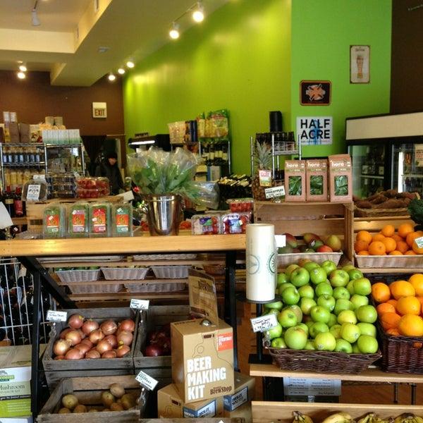 Foto tomada en Green Grocer Chicago por Andy C. el 1/20/2013