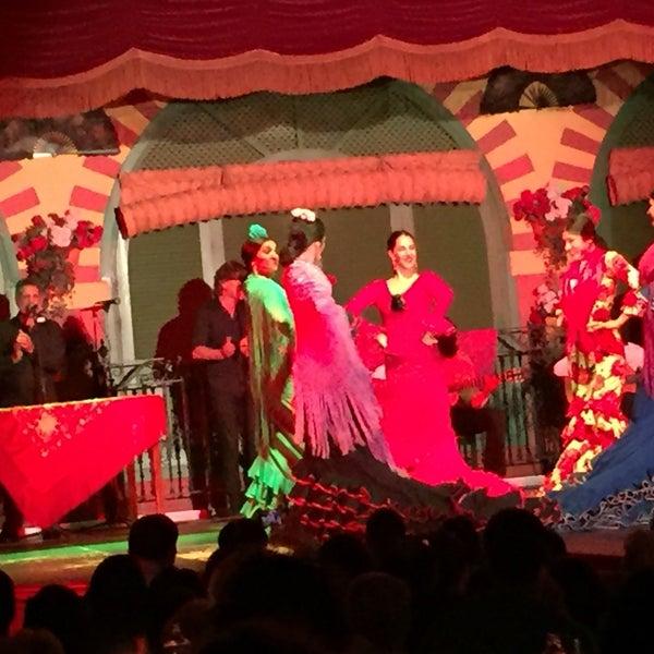 Foto tomada en Tablao Flamenco El Palacio Andaluz por Gregg S. el 5/17/2016