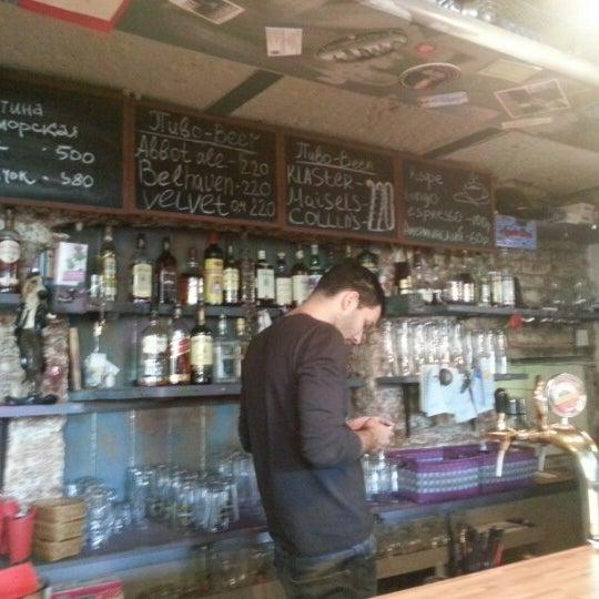 3/3/2013 tarihinde Alex B.ziyaretçi tarafından Thistle Pub'de çekilen fotoğraf
