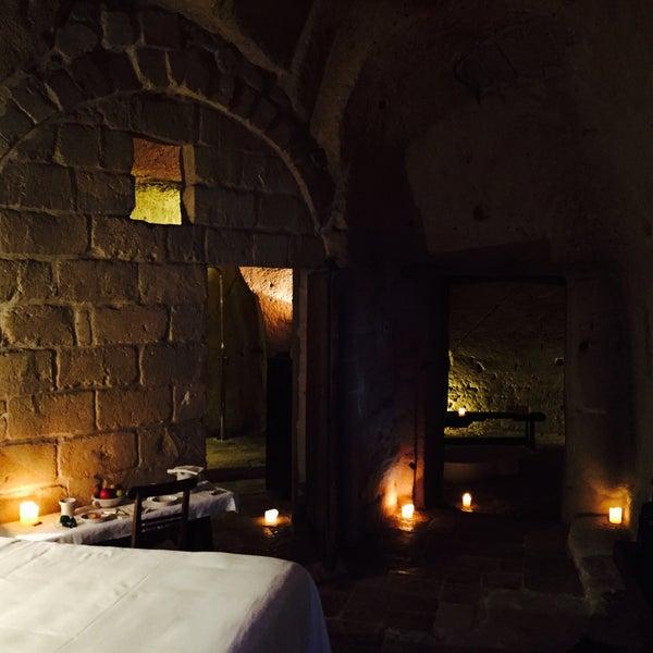 Foto tirada no(a) Sextantio | Le Grotte della Civita por Simon R. em 6/18/2015