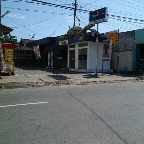 Photos At Atm Mandiri Sebelah Alfamart Depan Indomaret Bank