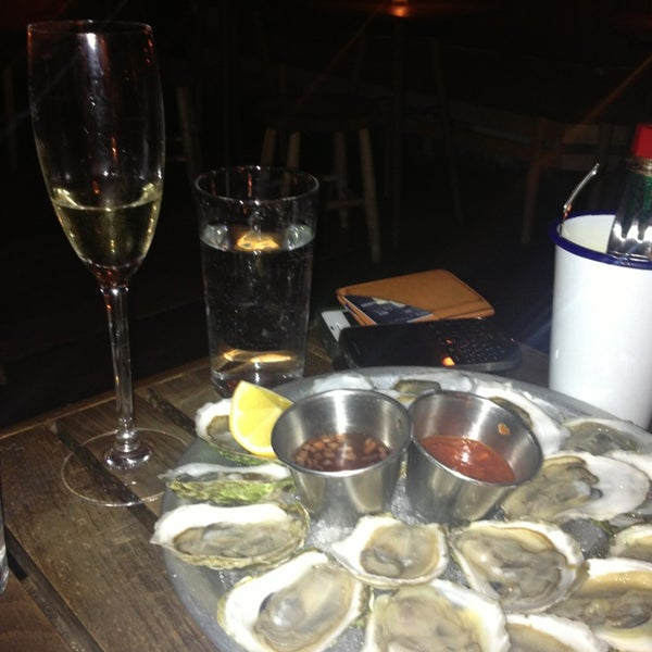 1 dll oysters and champagne!!!!