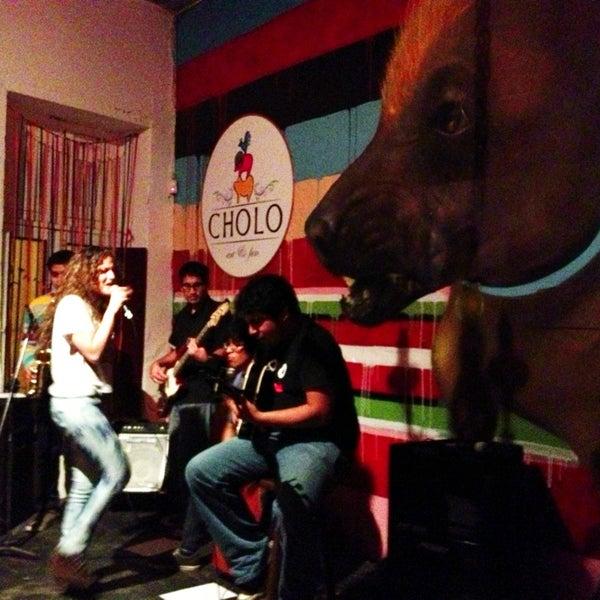 6/8/2013 tarihinde Ernesto V.ziyaretçi tarafından Cholo Art and Fun'de çekilen fotoğraf