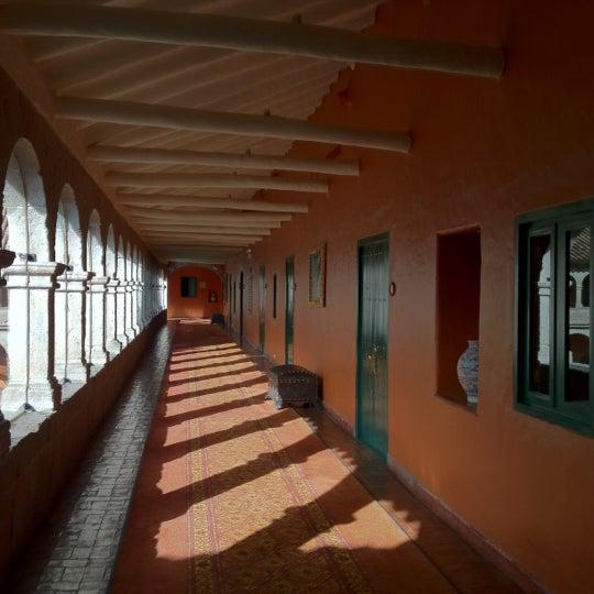 Foto diambil di Belmond Hotel Monasterio oleh Cynthia D. pada 9/18/2012
