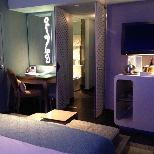 12/6/2012にCynthia D.がDream South Beach Hotelで撮った写真