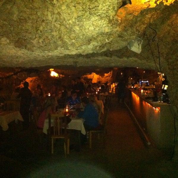 1/4/2013에 Rodolfo V.님이 Alux Restaurant에서 찍은 사진