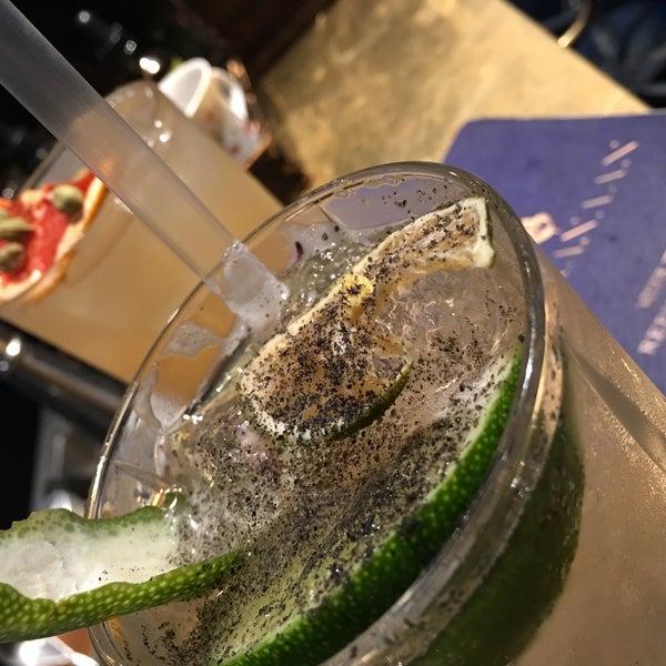 7/12/2017にLanaがBaranaan Indian Cocktailで撮った写真