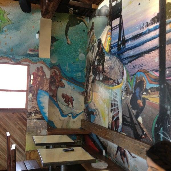 Foto tirada no(a) Dogtown Coffee por Lauren S. em 12/29/2012