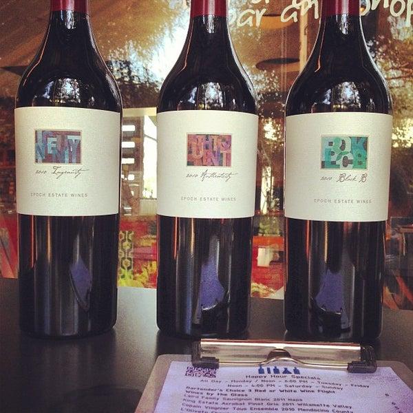 Foto diambil di Wine Lab oleh Roger R. pada 4/12/2013