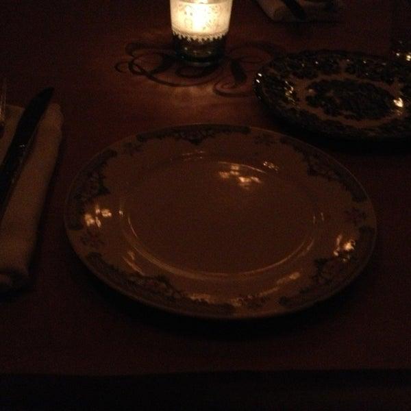 12/25/2012 tarihinde Krystal P.ziyaretçi tarafından The Redbury'de çekilen fotoğraf