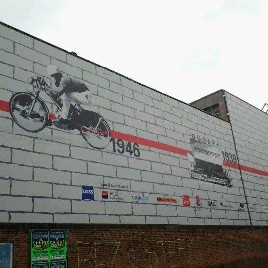 10/26/2012 tarihinde Maurizio M.ziyaretçi tarafından Ducati Motor Factory & Museum'de çekilen fotoğraf