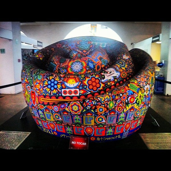 Снимок сделан в Museo de Arte Popular пользователем Aram D. 11/1/2012
