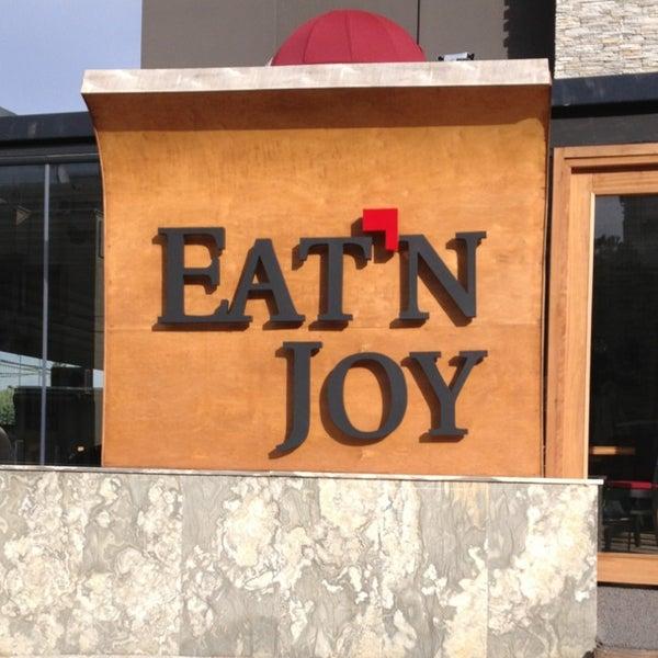1/21/2013 tarihinde TRKN S.ziyaretçi tarafından Eat'n Joy Mangal'de çekilen fotoğraf