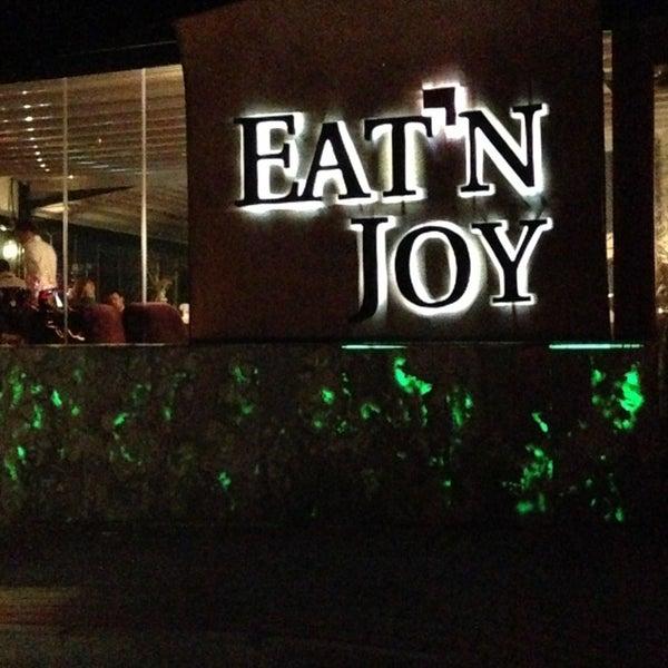 2/12/2013 tarihinde TRKN S.ziyaretçi tarafından Eat'n Joy Mangal'de çekilen fotoğraf