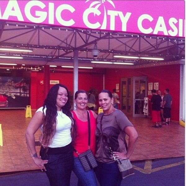 Foto tomada en Magic City Casino por Crystal G. el 4/14/2013