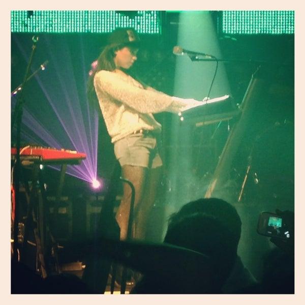 รูปภาพถ่ายที่ BLONDIE โดย Camila Ignacia A. เมื่อ 3/10/2013