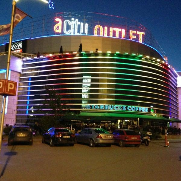 Foto scattata a ACity Premium Outlet da нɒγδɒя ıиɔıʅɘя® il 6/17/2013