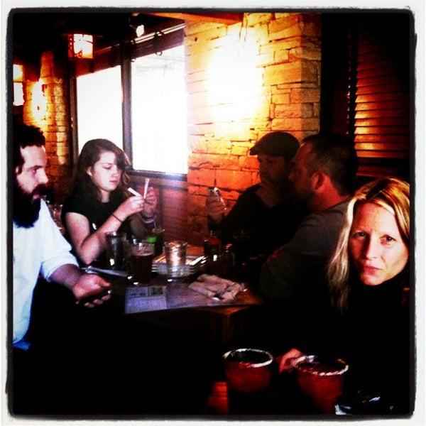 Photo prise au Park Tavern par Cathy W. le2/25/2012
