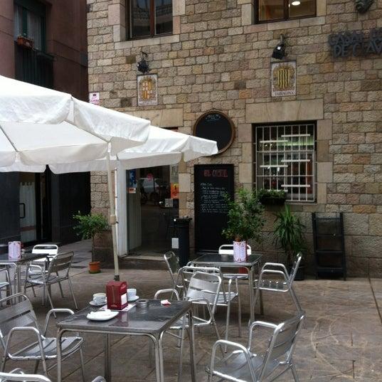 Снимок сделан в El Casal пользователем webmedia.co 4/12/2012