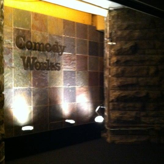 4/21/2012 tarihinde Matt S.ziyaretçi tarafından Comedy Works Downtown in Larimer Square'de çekilen fotoğraf