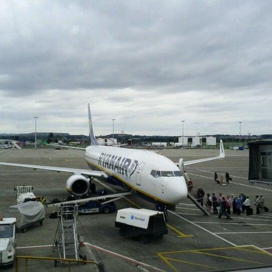 Das Foto wurde bei Edinburgh Airport (EDI) von Max W. am 9/1/2011 aufgenommen