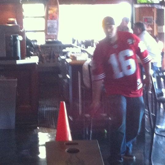 Foto tomada en Tavern At The Beach por Wes el 12/28/2011