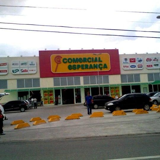Foto tirada no(a) Supermercado Comercial Esperança por Cleber N. em 1 .  Ricardo S. 548d67a73d