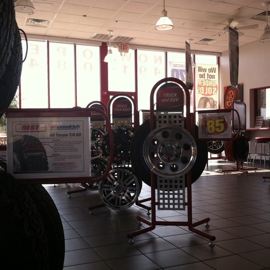 Photos At Discount Tire Automotive Shop