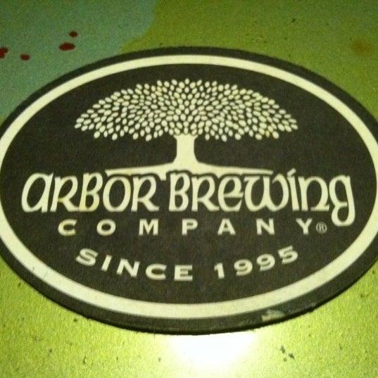Foto tomada en Arbor Brewing Company por Thom K. el 2/25/2012