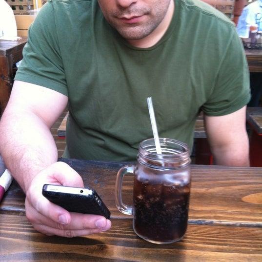 Photo prise au Butcher Bar par Stephanie W. le6/16/2012