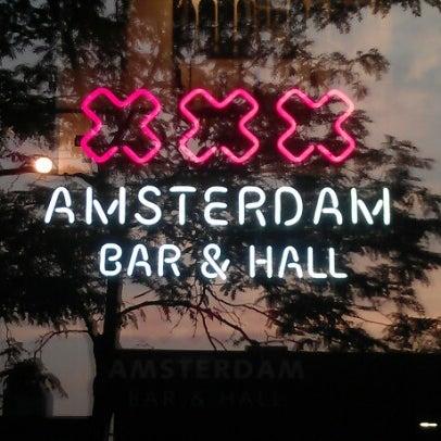 Foto diambil di Amsterdam Bar & Hall oleh Jim T. pada 7/2/2012