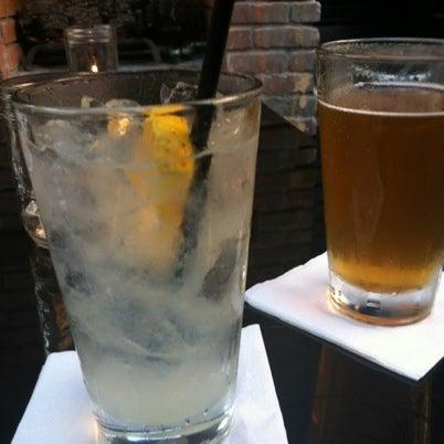 8/3/2012にAllison A.がUptown Tavernで撮った写真