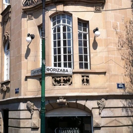Foto tomada en Caravanseraï por Louis L. el 4/20/2011