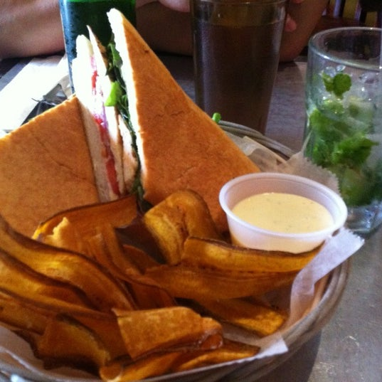 Foto tirada no(a) Cafecito por Andrew E. em 6/10/2012