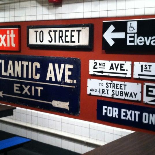 8/11/2012 tarihinde Julia W.ziyaretçi tarafından New York Transit Museum'de çekilen fotoğraf